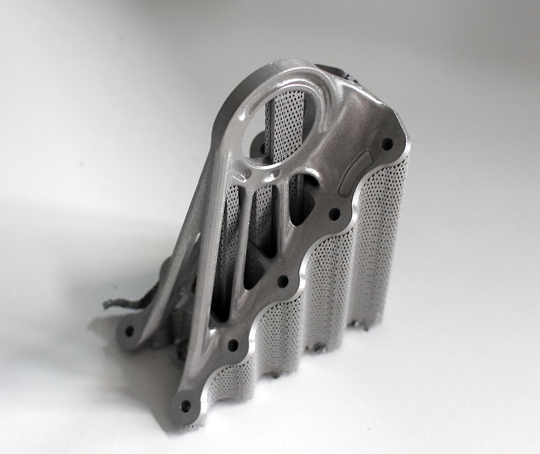 پودرزدایی قطعات فلزی ساخته شده با پرینتر سه بعدی فلز