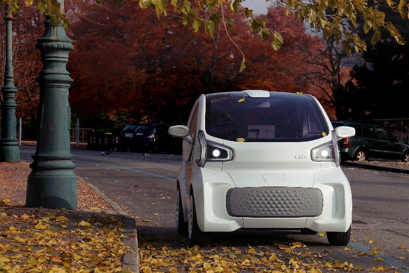 اولین اتومبیل ساخته شده از طریق پرینت سه بعدی خودرو