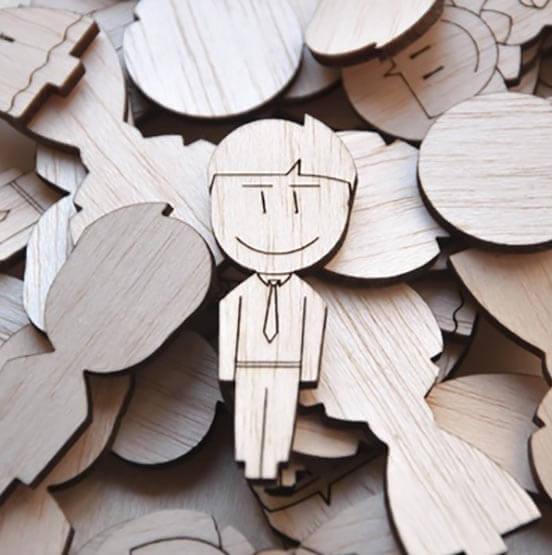 نمونه عروسک چوبی حاصل از برش لیزری
