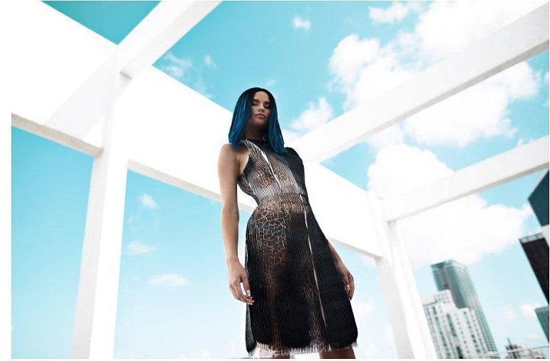 نمونه ای از مدل های لباس پرینت سه بعدی شده دیوی
