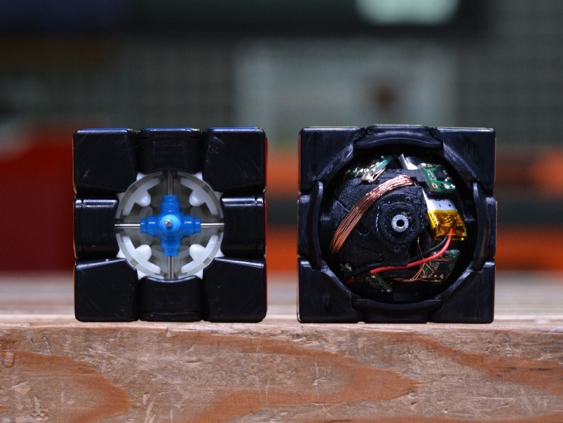 اجزای درونی مکعب روبیک پرینت سه بعدی شده