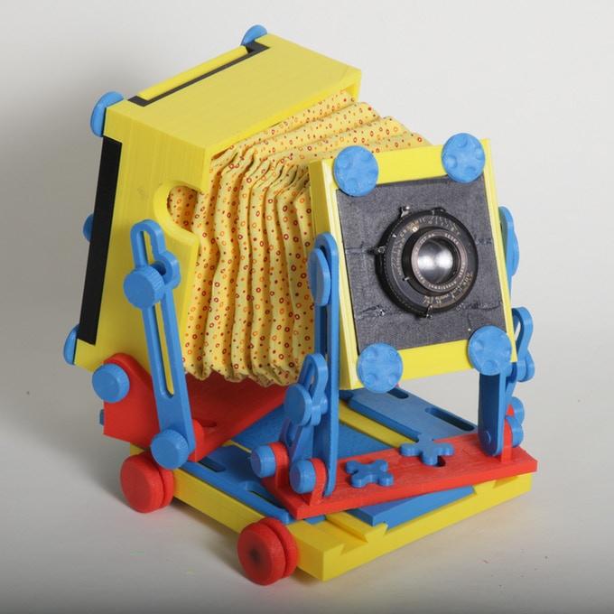 نمونه ای حاصل از پرینت سه بعدی دوربین عکاسی رنگارنگ