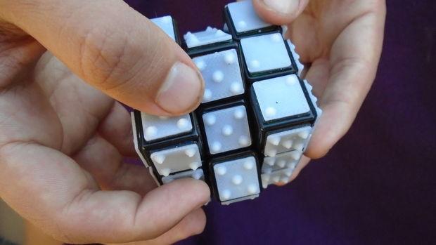 پرینت سه بعدی مکعب روبیک برای نابینایان