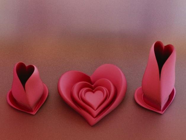 پرینتر سه بعدی و گلدان و ظروفی به شکل قلب
